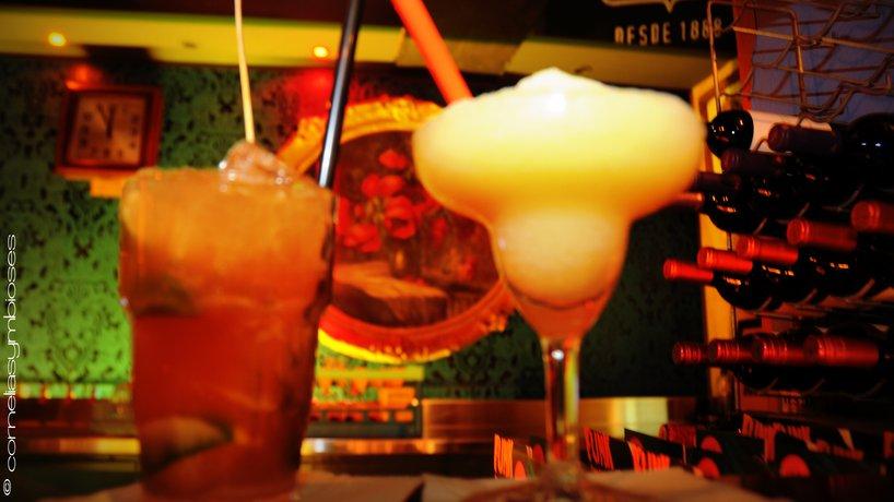 Für jeden Geschmack den passenden Cocktail im Angebot.
