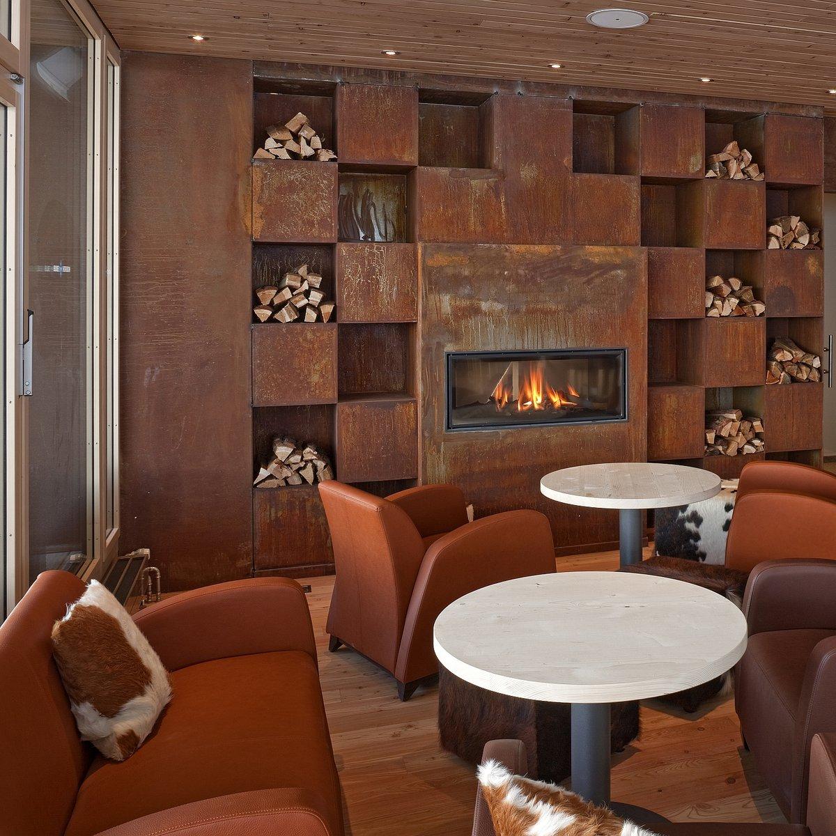 Blue Lounge Lounge mit Cheminée