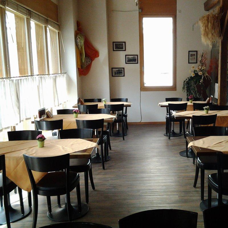 Tisch-Bereich
