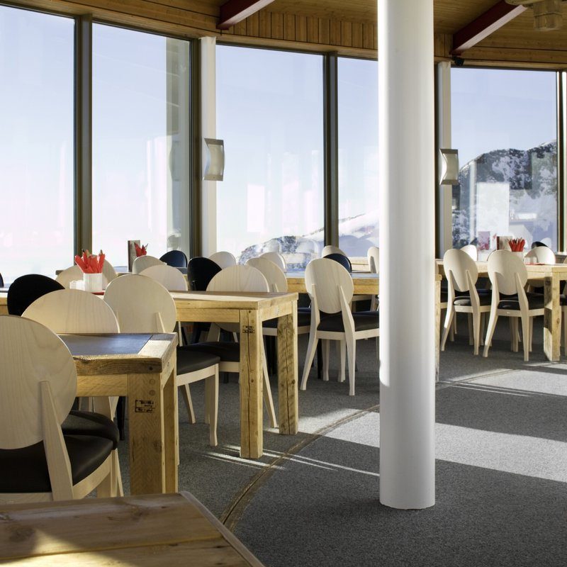 200 Plätze im bedienten Restaurant
