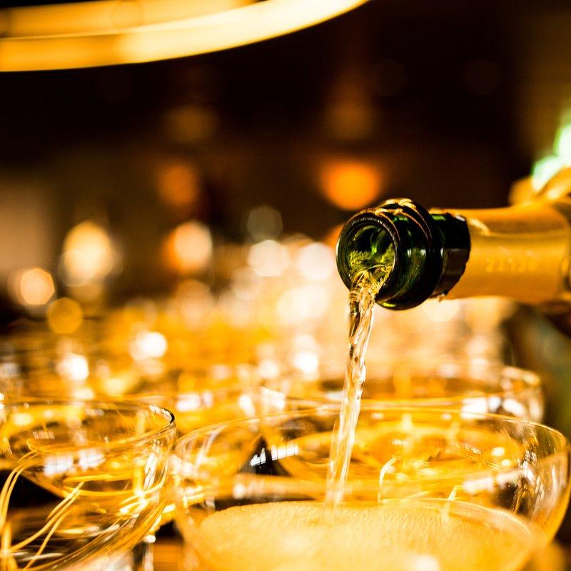 Champagnerstimmung an der Bar
