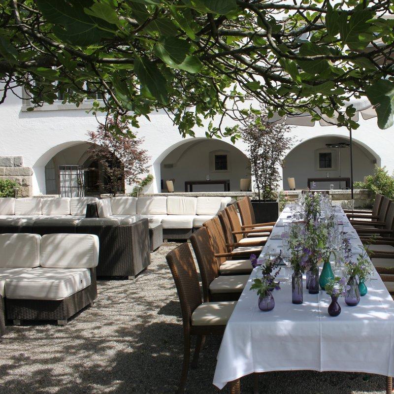 Terrasse und Lounge