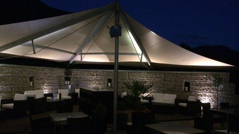 Lounge in der Nacht