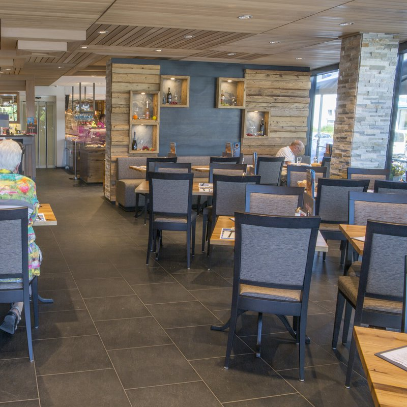 Neuer Caféteil Café Knaus