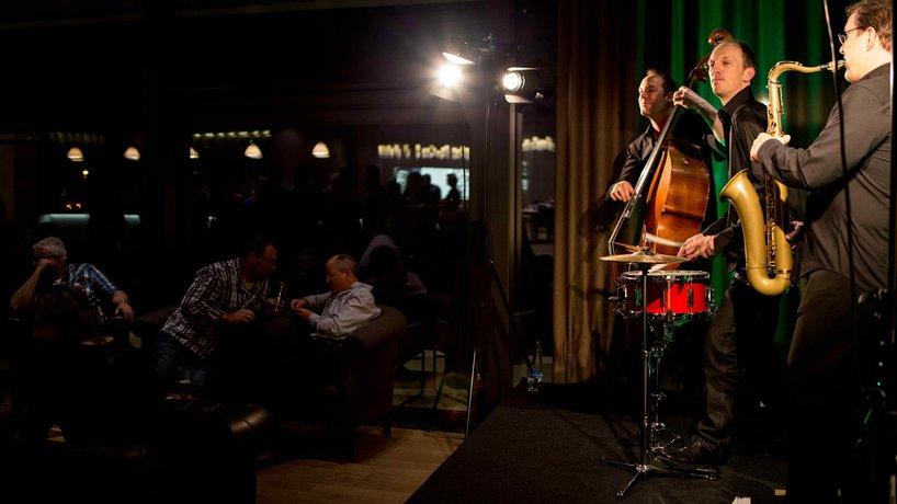 2nd Friday: Konzerte in der Bar & Lounge