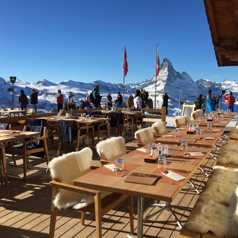 Terasse mit Matterhornblick