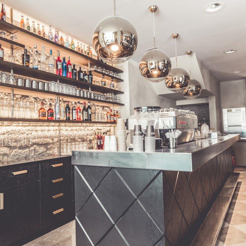 Bar Erdgeschoss