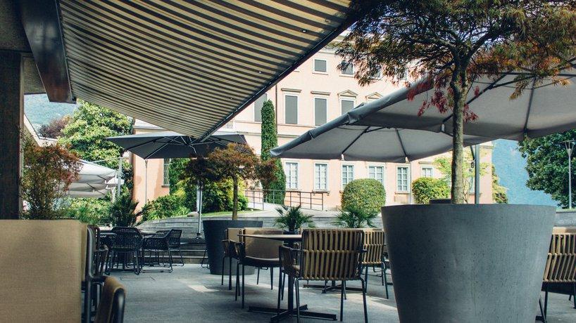 La nostra Terrazza sul Parco e la Villa Ciani, sede di aperitivi, pranzi, cene, feste.