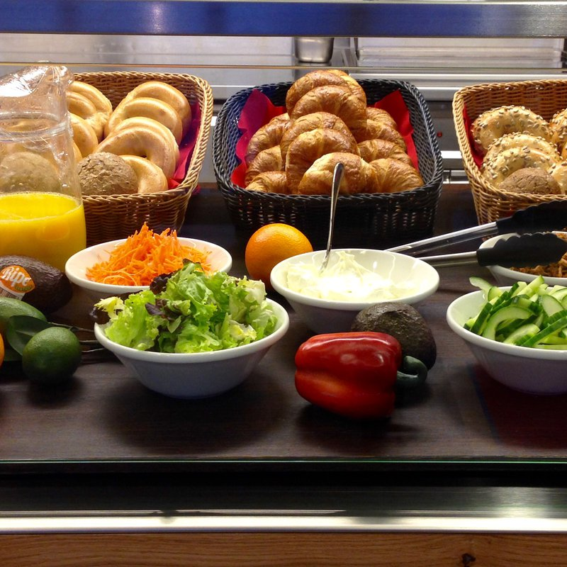Unser Bagel Breakfast Buffet am Morgen