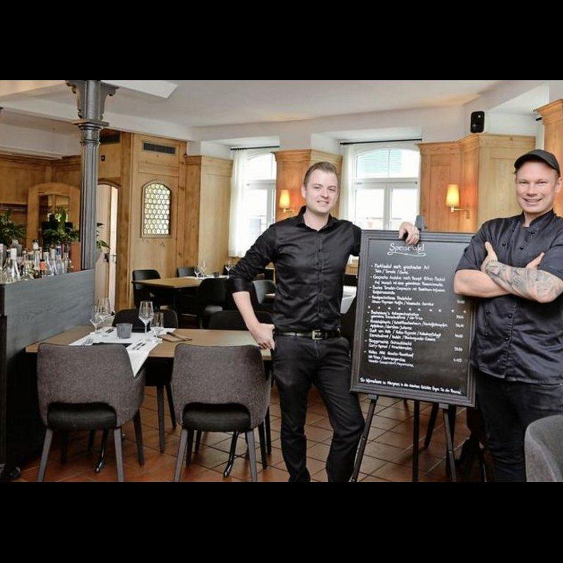 Gastgeber Claudio Natale (links) und Küchenchef Marc Köhler