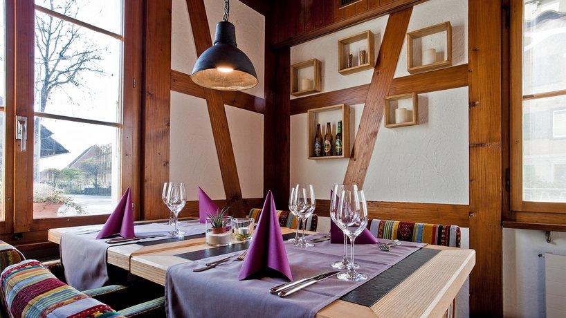 Restaurant Tisch vorne