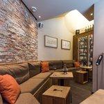 Donatz Wine Bar