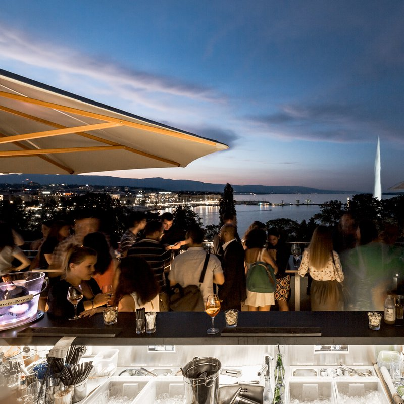MET Rooftop Lounge -View
