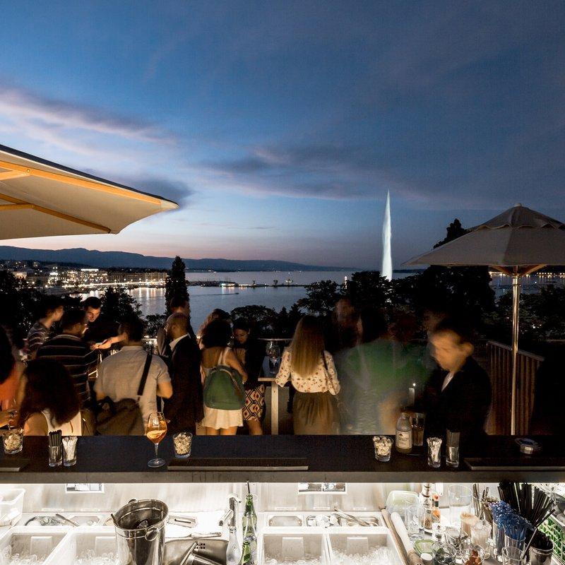 MET Rooftop Lounge -View