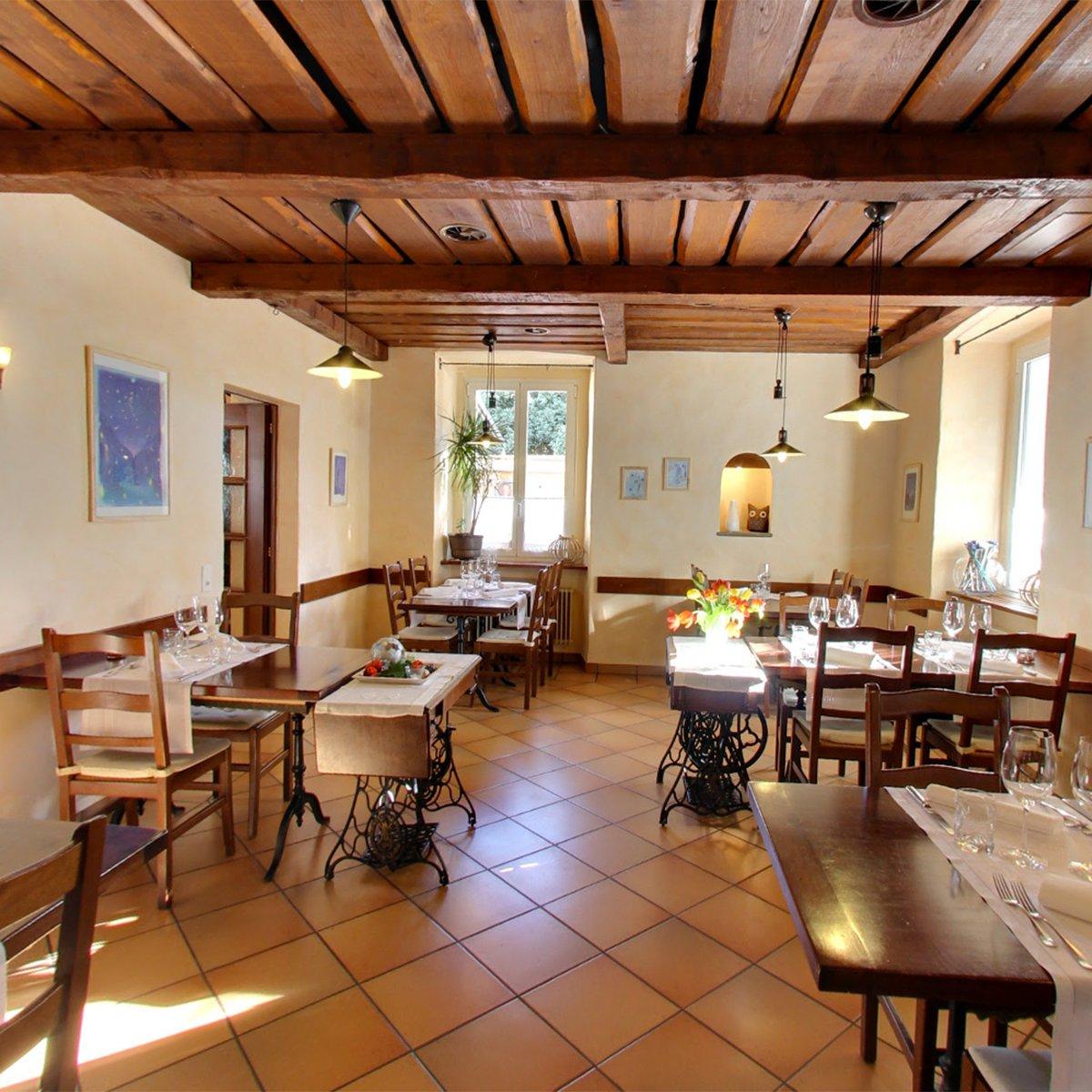 sala ristorante centrale losone