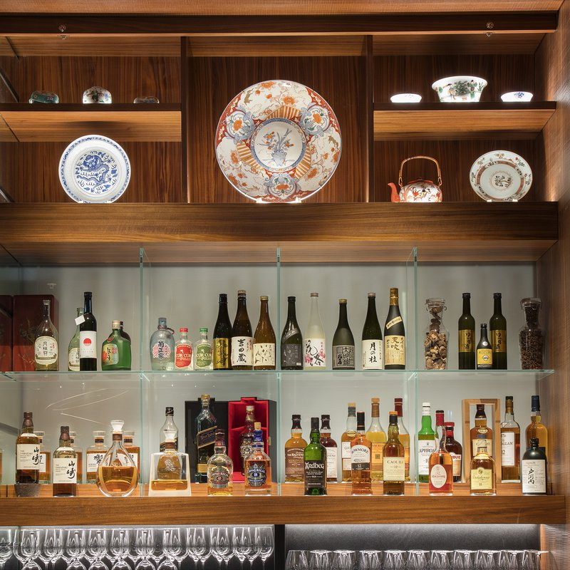 Spices Kitchen & Terrace: Bar