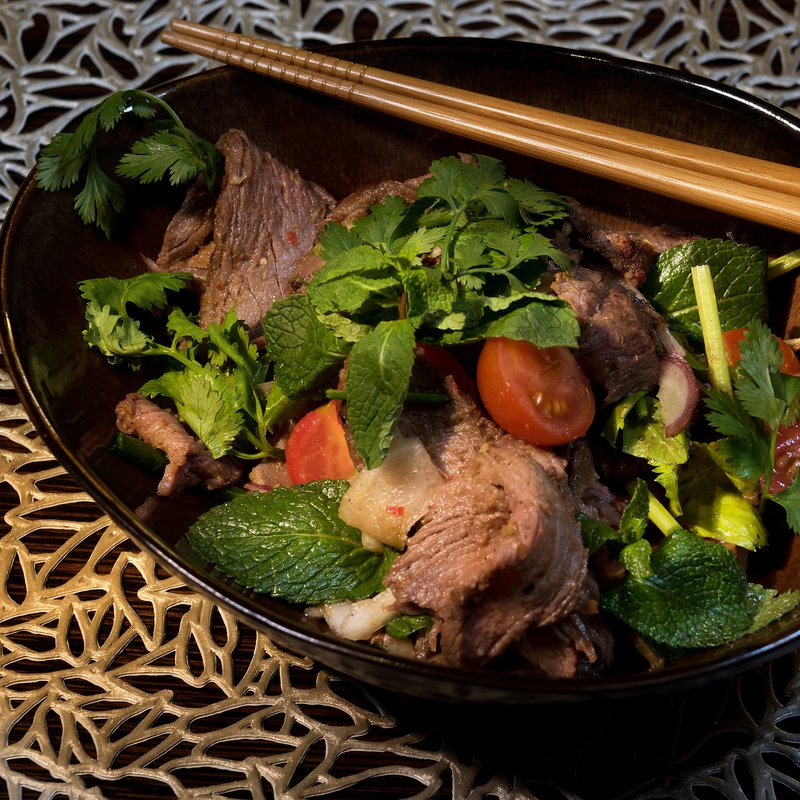 Spices Kitchen & Terrace: Yum Nuea Yang