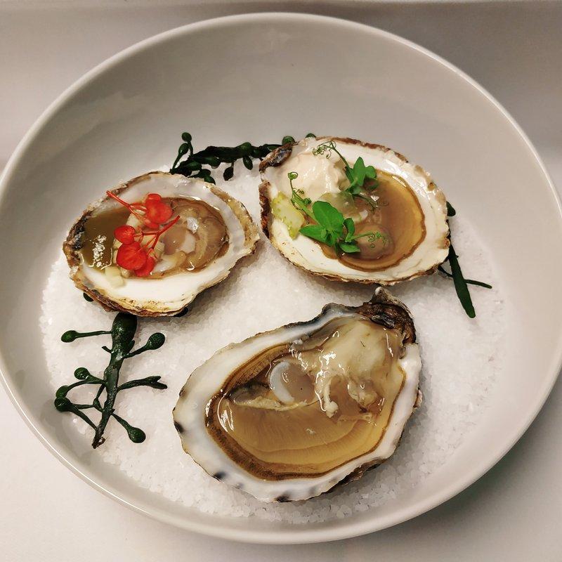 Trio von Austern