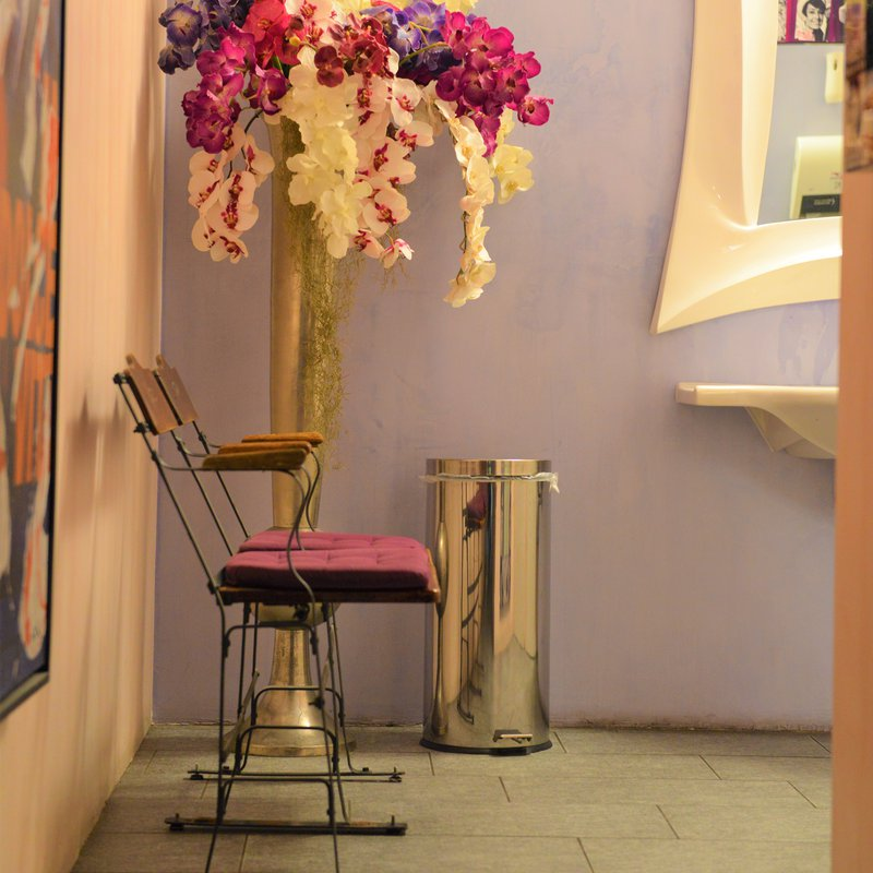 Atrio bagni spazioso ed elegante