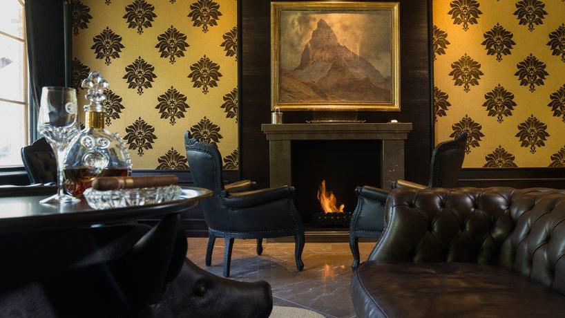 Grand Hotel Zermatterhof - Smokers Lounge