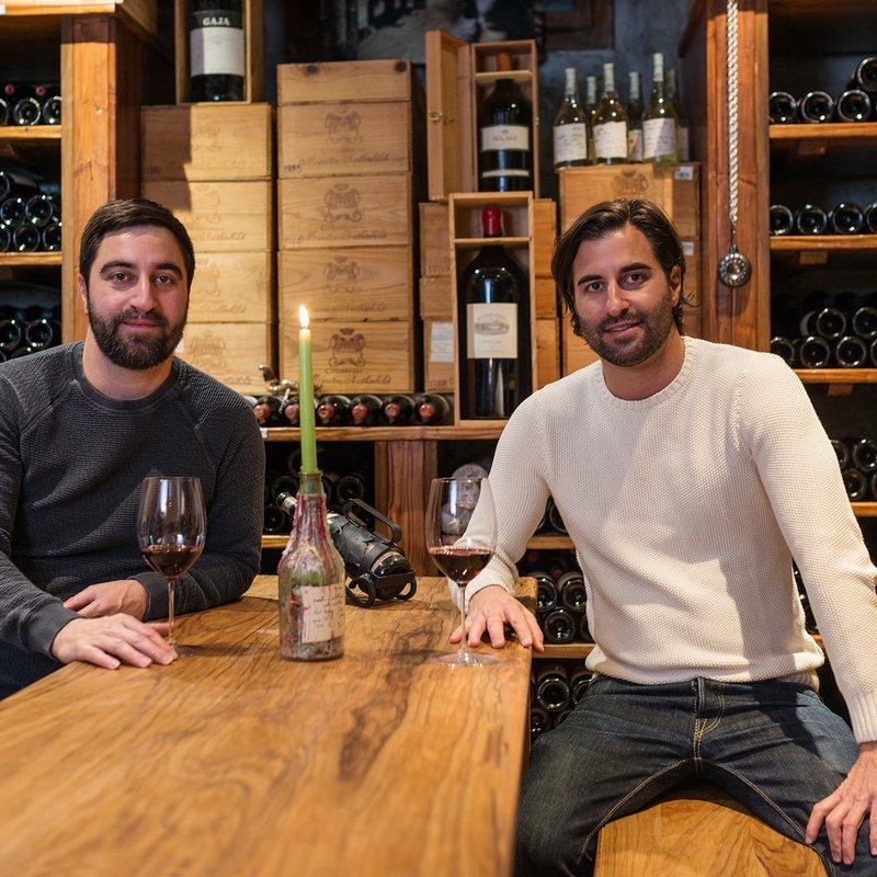 i gemelli Domenico e Dario in cantina