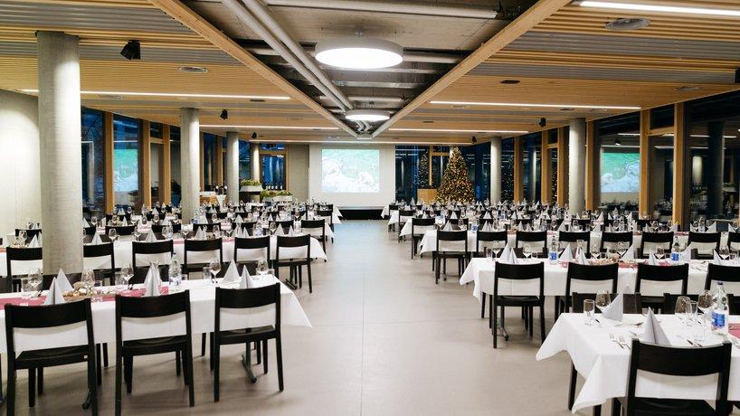 Schnattersaal, 180 Personen