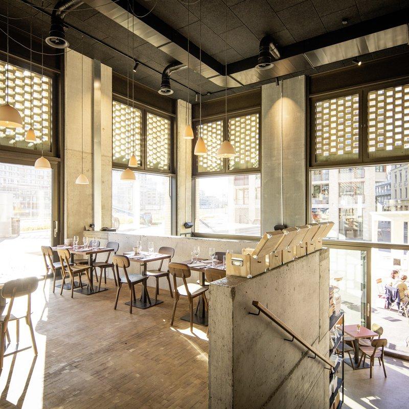 Restaurant 2. Stock