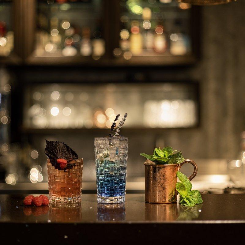 Cocktails an der Bar