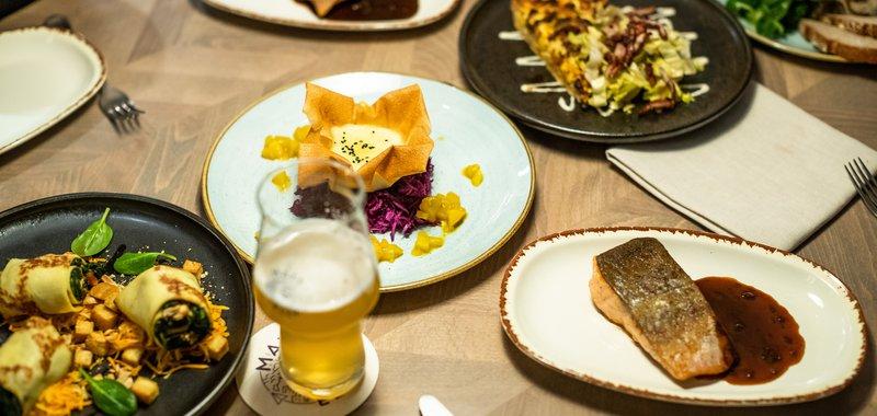 Modernes Essen, global inspiriert, lokal produziert