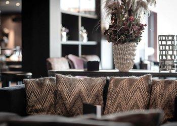 Pulsa Bar & Lounge Restaurant