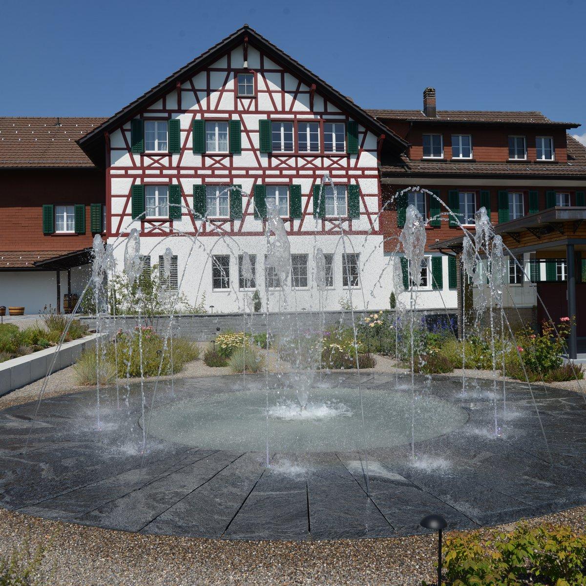 Hotel mit Springbrunnen
