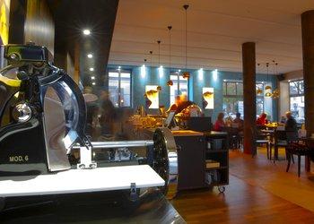 News Café & Musikbar