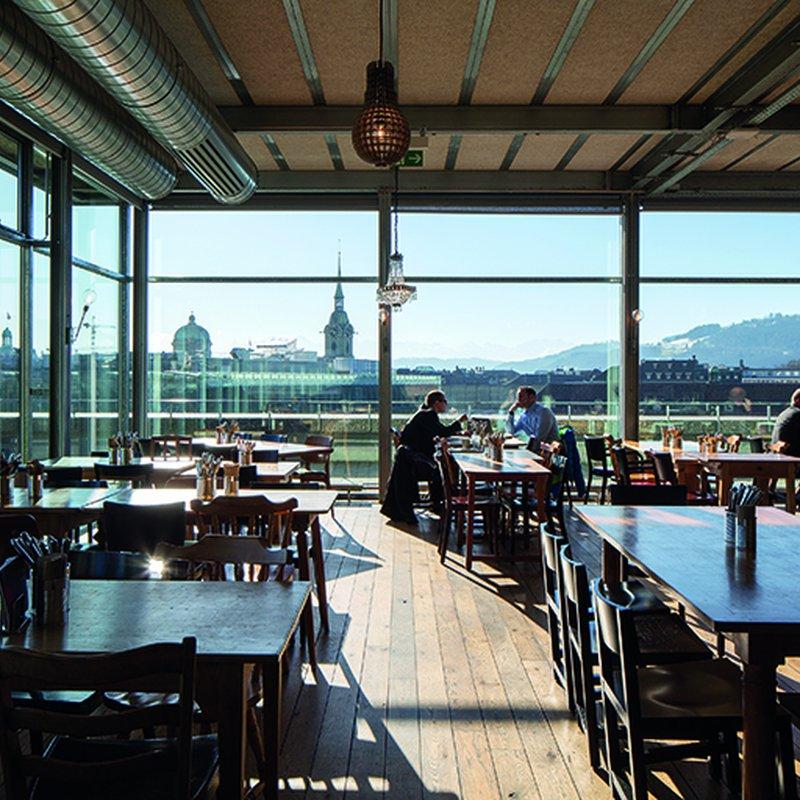 Restaurant Innen mit Aussicht