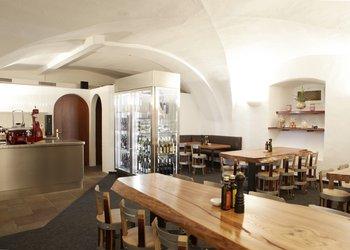 Zürichsee Weinbistro im Gasthof zur Sonne
