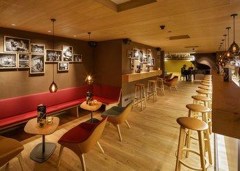 "Bar ""Chrüter & Choller"""