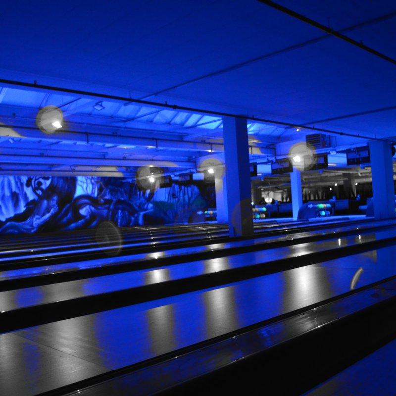 Bowling Saturday Night Disco