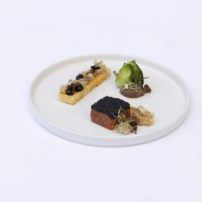 Handgeschnittenes Schweizer Rindstatar   Oona Kaviar