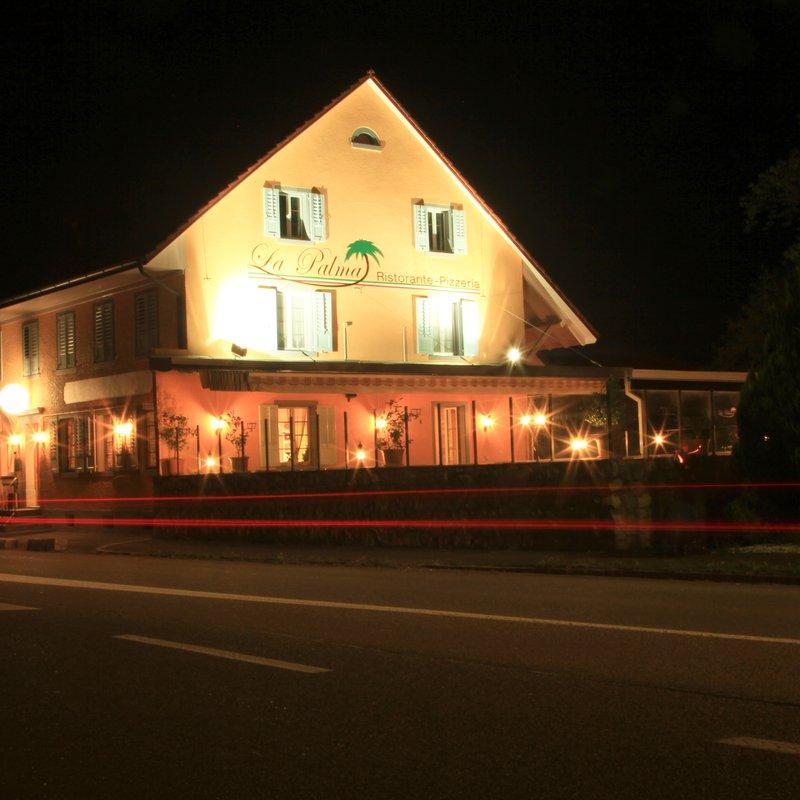Fasade Nacht