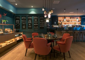Schweizerhof Bar Restaurant