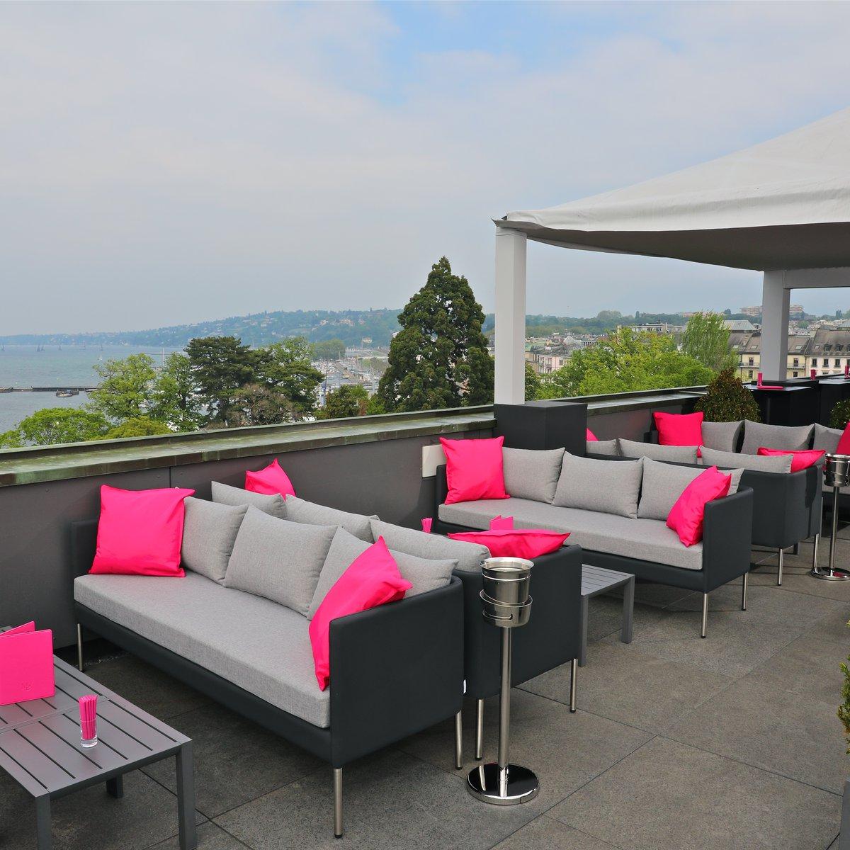 MET Rooftop Lounge