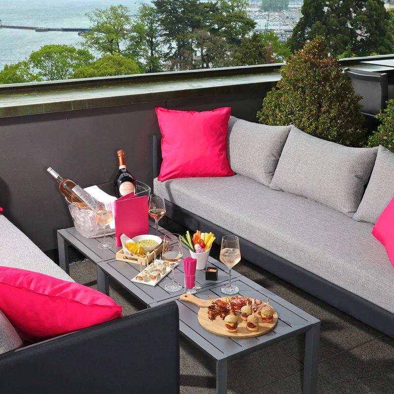 MET Rooftop Lounge - Tapas