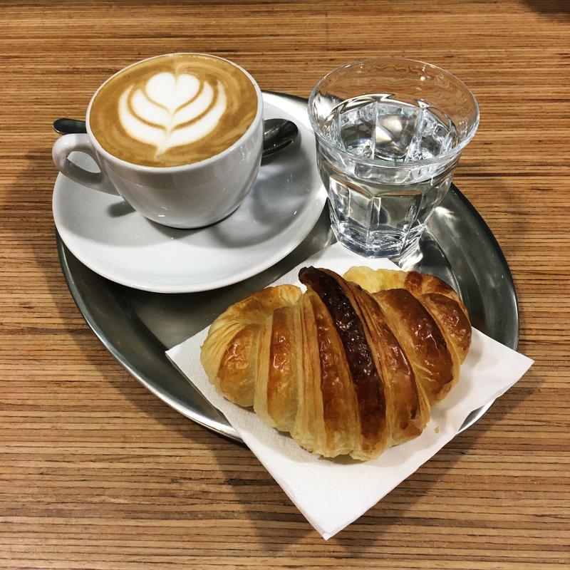 Cappuccino & Gipfeli