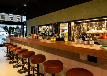 Cafe Bar Black1966