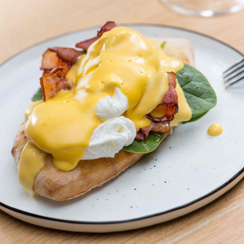 Egg Benedict Brunch