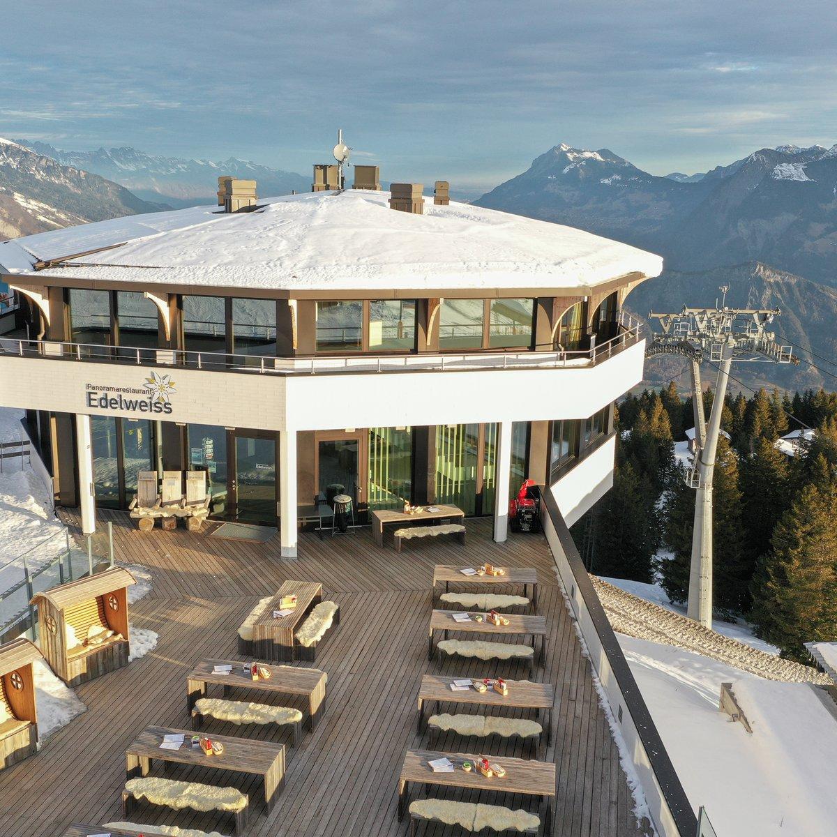 Panoramarestaurant Edelweiss Aussenansicht_cr Riccardo Götz