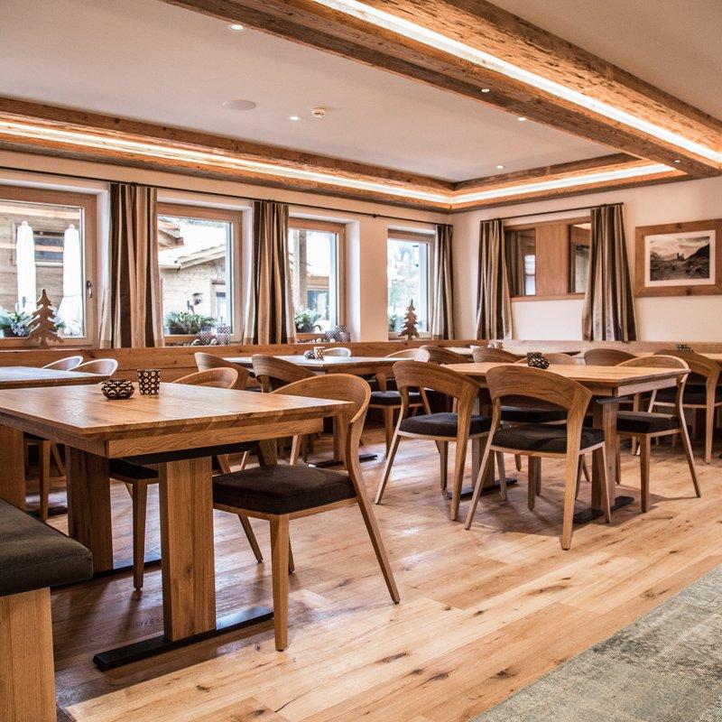 Bündner Charme vereint mit mediterraner Leidenschaft - das Restaurant Montanara für Einheimische und Gäste aus aller Welt.