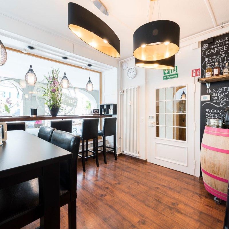 Bar Innen
