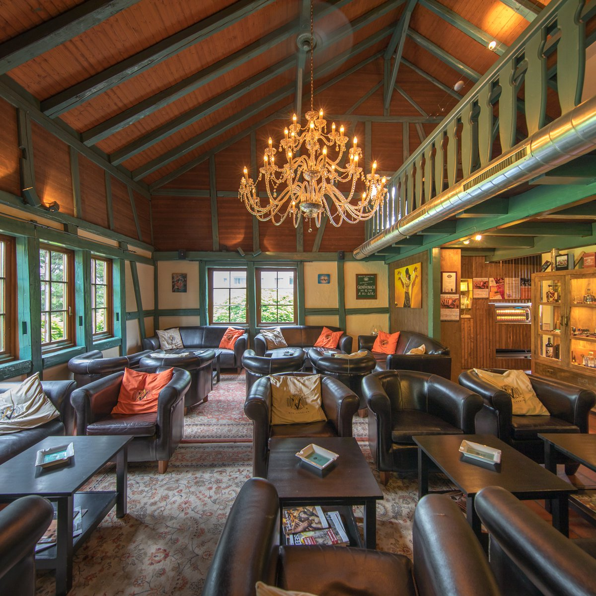 Casa Colonial Bar & Avo AVO Lounge