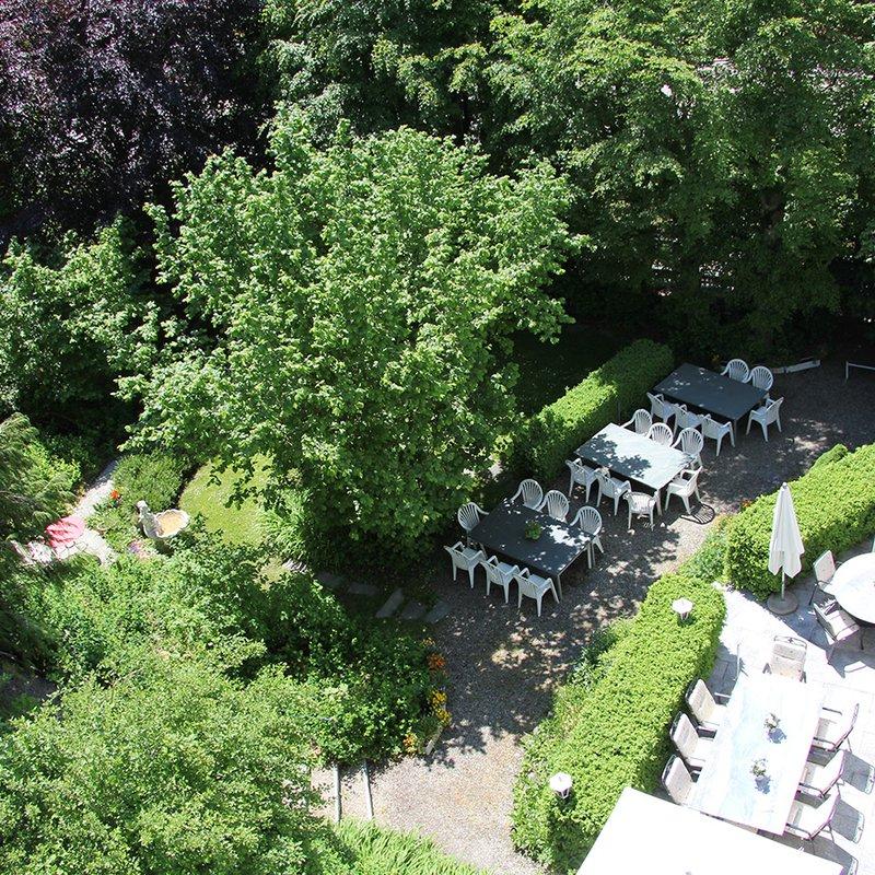 Terrasse und Gartenwirtschaft