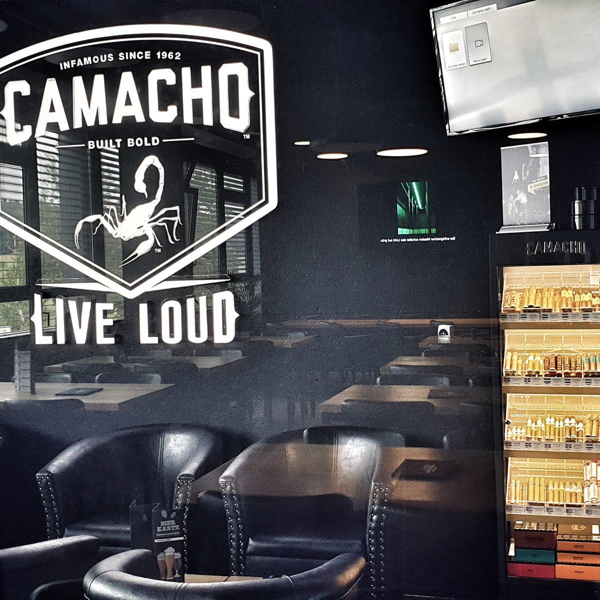 Camacho-Davidoff Lounge